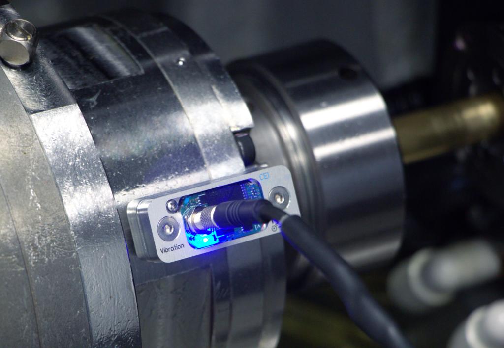 Blue-Light-Sensor-on-Bar-Spindle.png